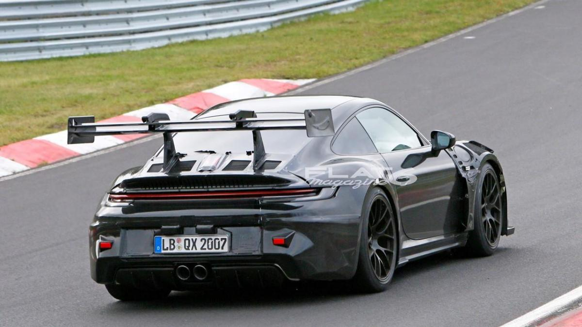 Porsche 992 gt3 rs 5 1
