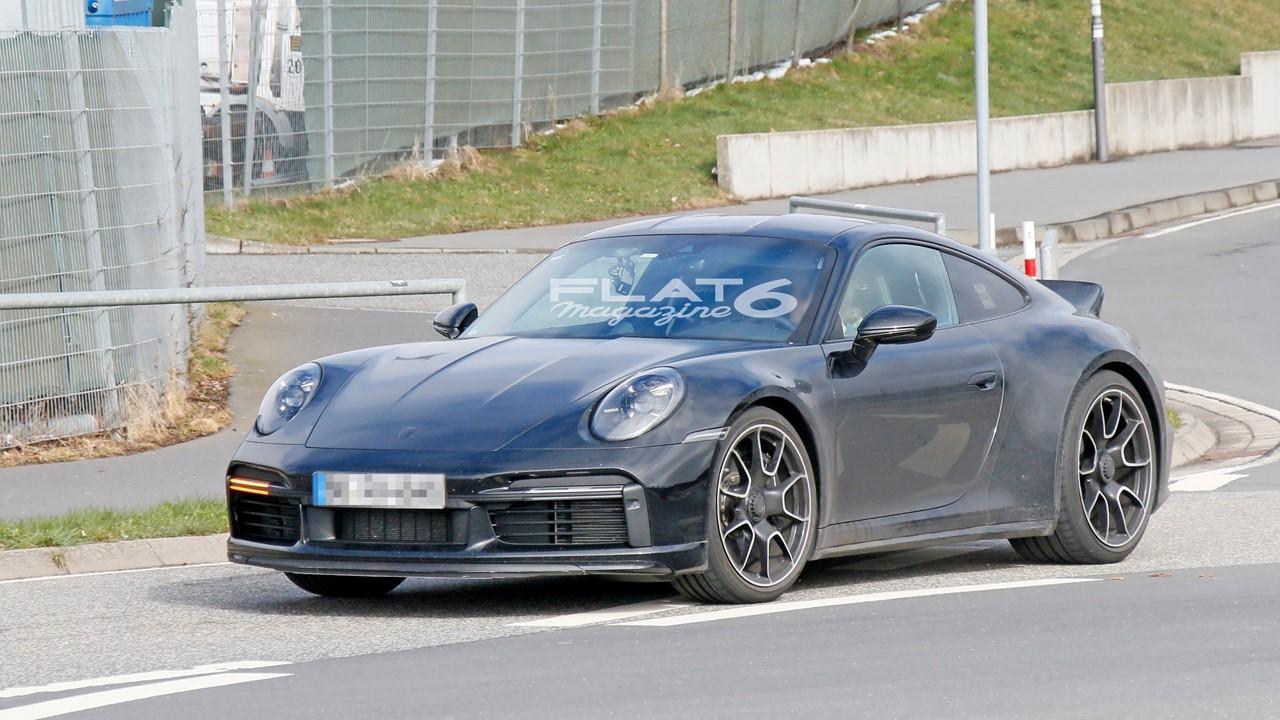 Porsche 992 sport classic 3