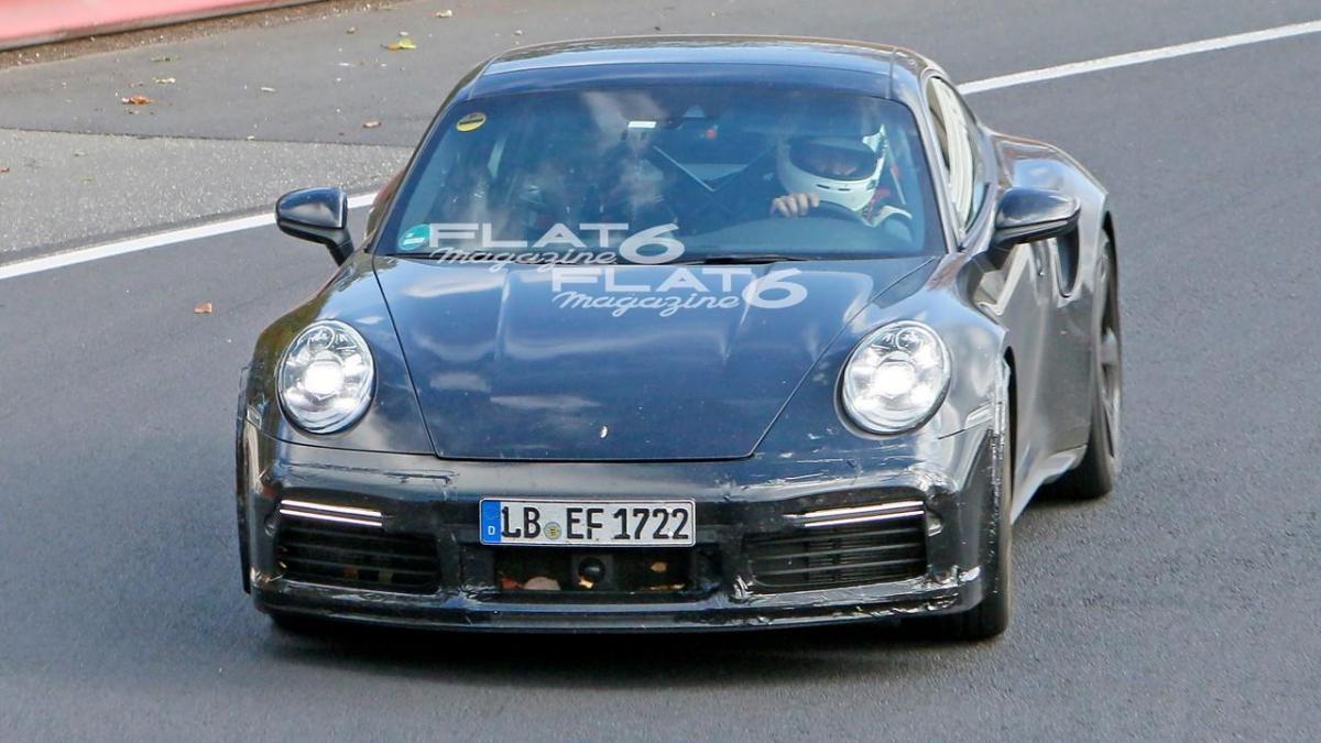 Porsche 992 sport classic