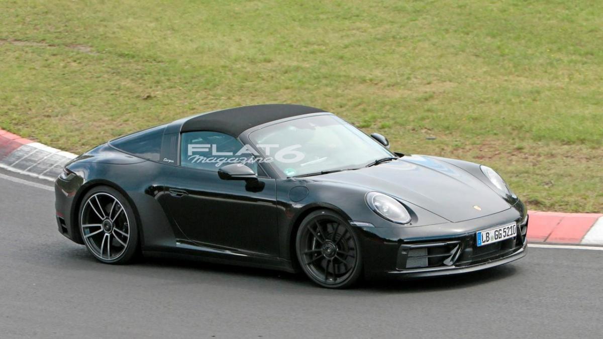 Porsche 992 targa 4 gts 3