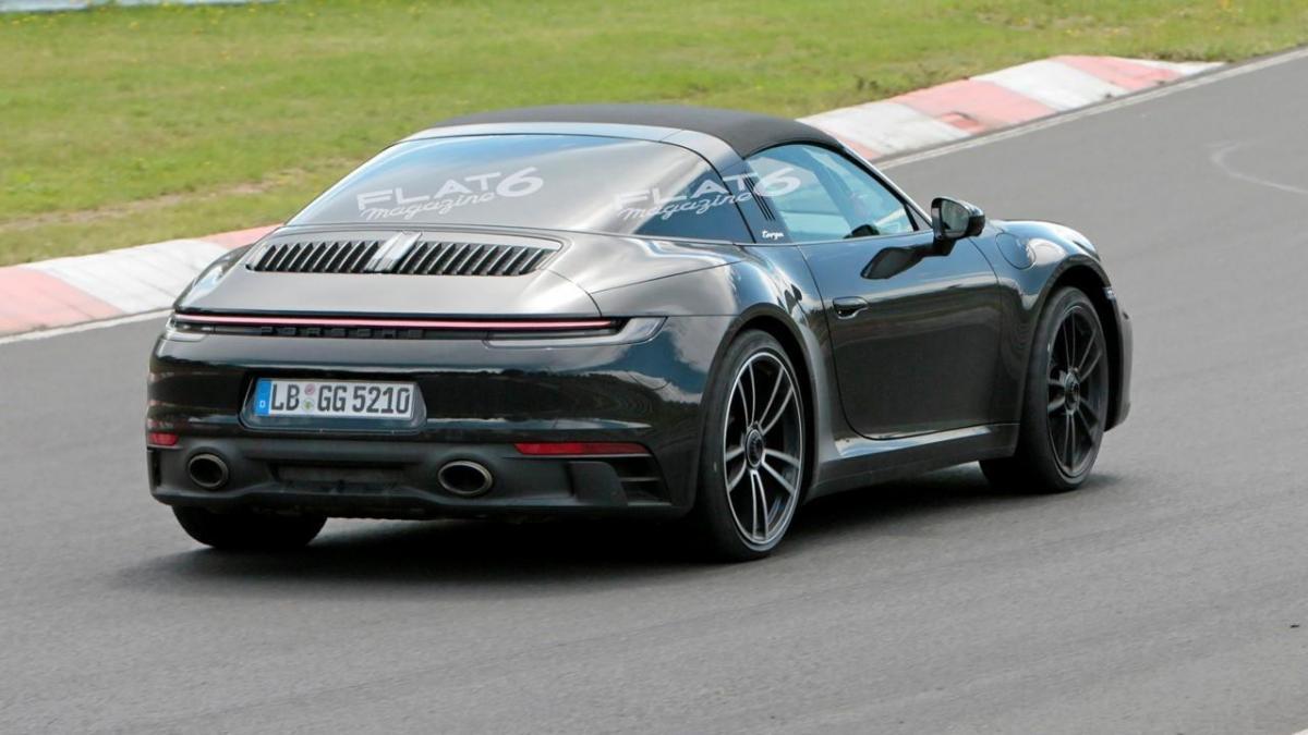 Porsche 992 targa 4 gts 4