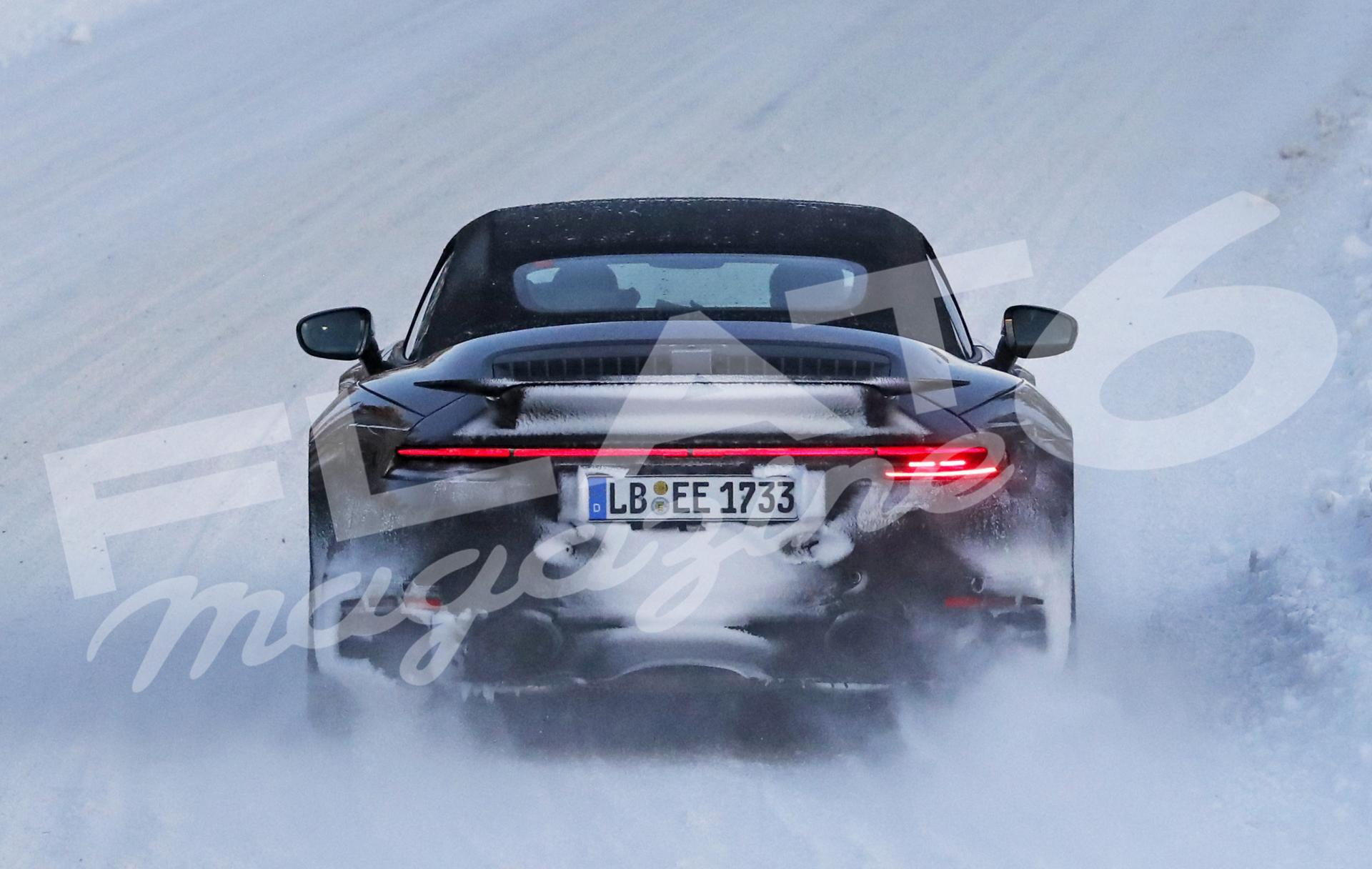 Porsche 992 turbo convertible winter 20