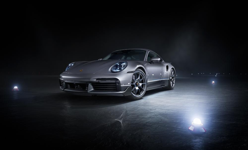 Porsche 992 turbo s embraer 3
