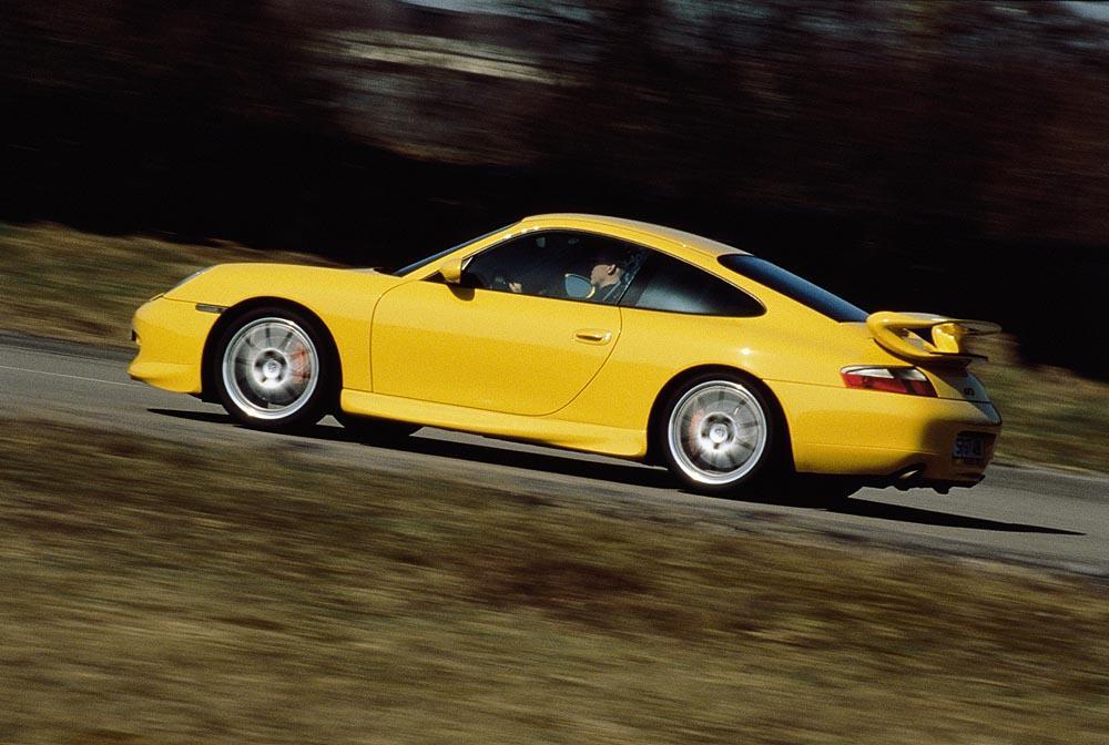 Porsche 996 gt3 jaune vitesse profil