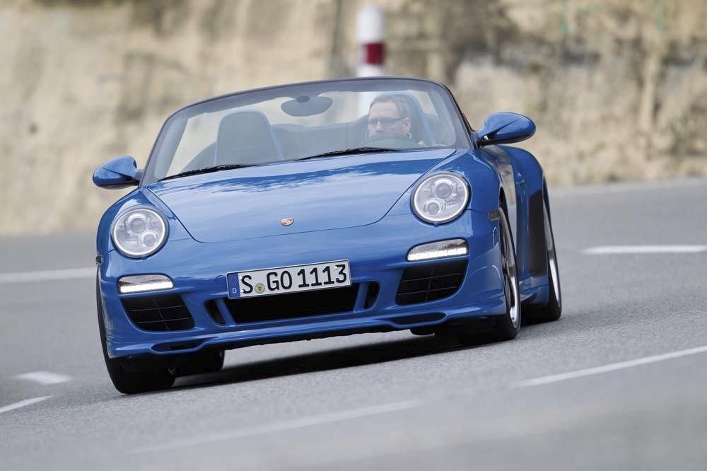Porsche 997 speedster bleu profond