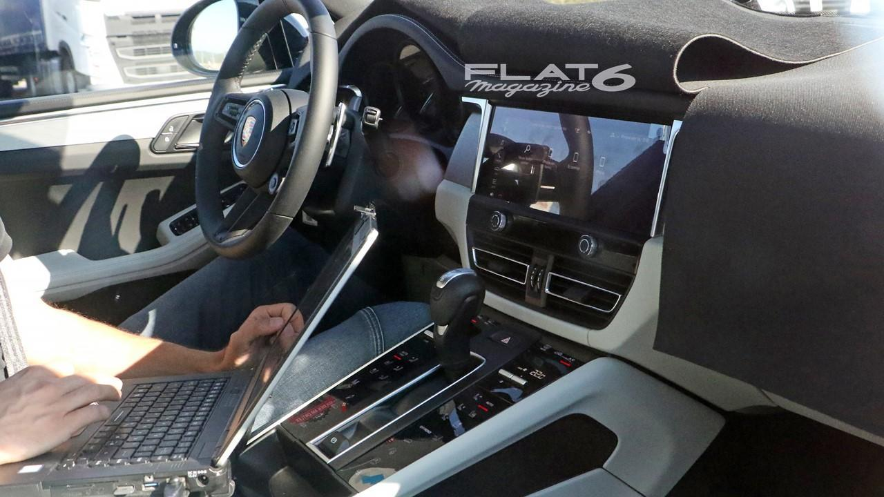 Porsche advanced cockpit macan 2021 interieur