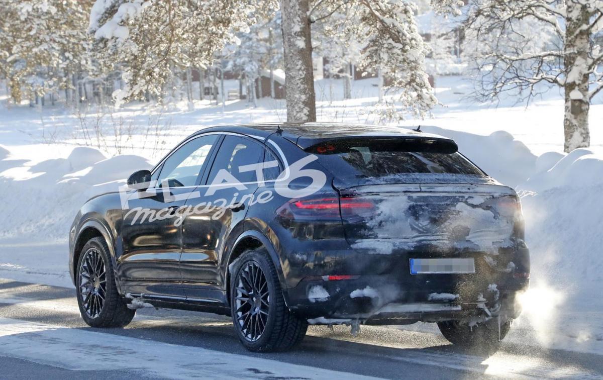 Porsche cayenne coupe winter 10 2