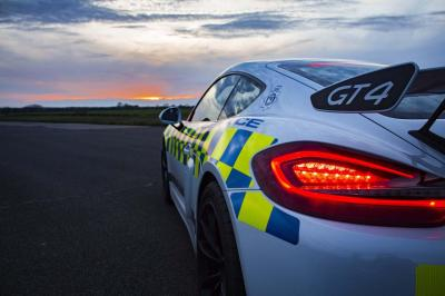 Porsche cayman gt4 police 2