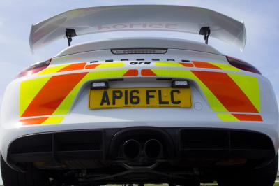 Porsche cayman gt4 police 3