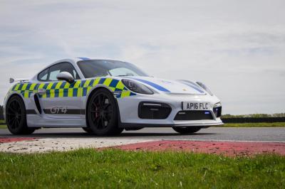 Porsche cayman gt4 police 4