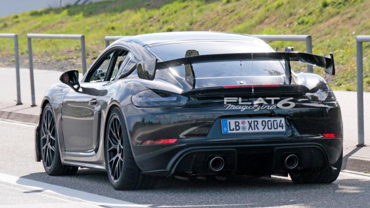 Porsche cayman gt4 rs 5