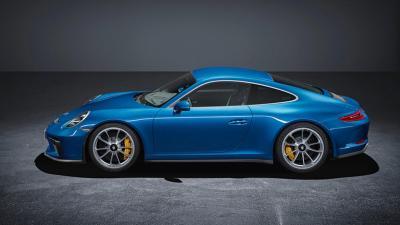 Porsche gt3 touring 2