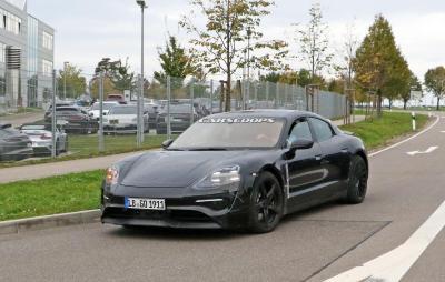 Porsche mission e dev 1