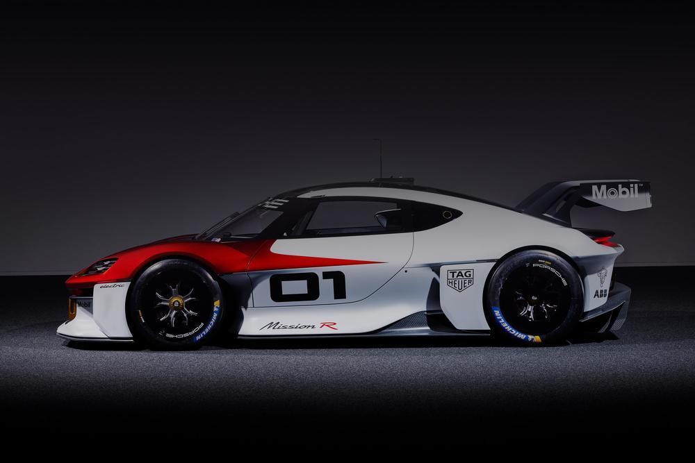 Porsche mission r concept 6