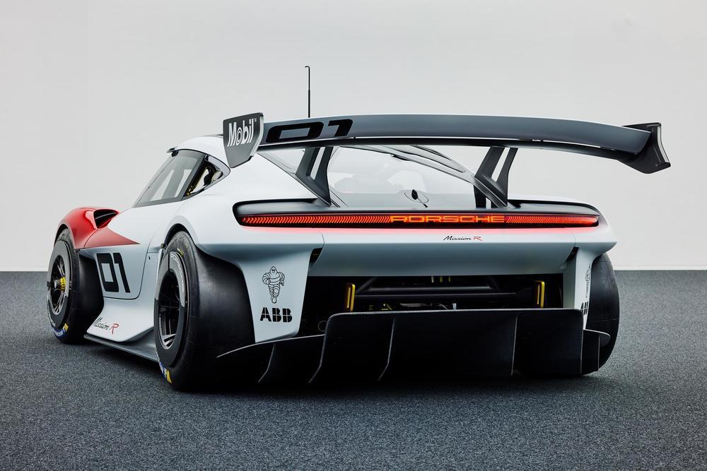 Porsche mission r concept 9