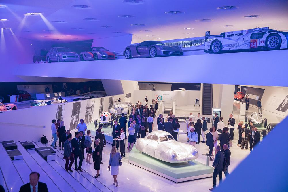 Porsche museum et porsche type 64
