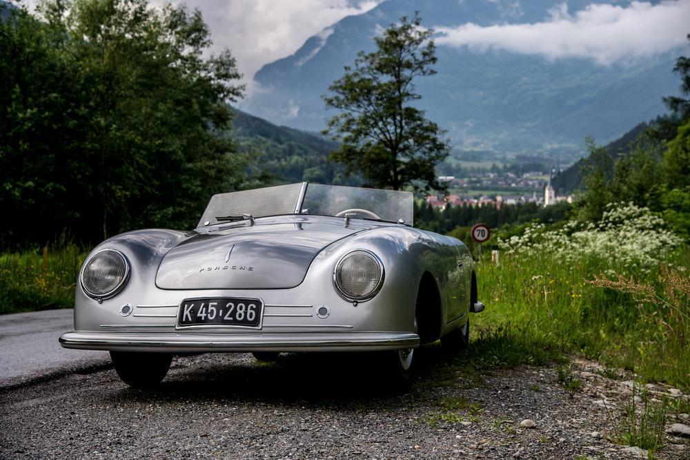 Porsche no 1 face
