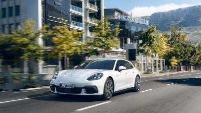Porsche panamera 4 e hybrid sport turismo 1