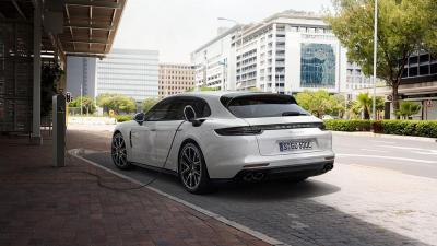 Porsche panamera 4 e hybrid sport turismo 2