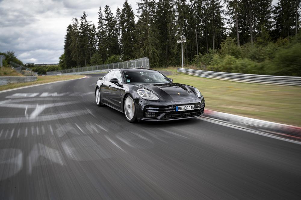 Porsche panamera nurburgring