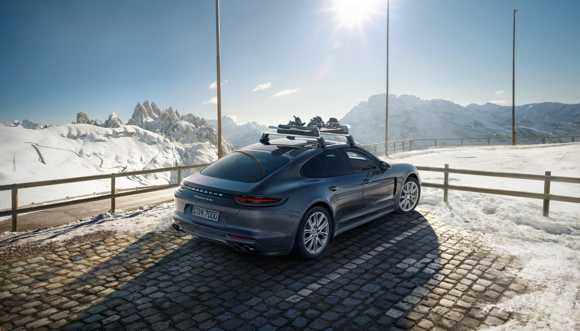 Porsche panamera ski
