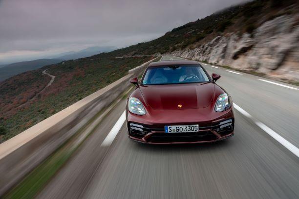 Porsche panamera turbo s cerise face