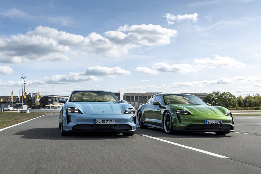 Porsche taycan ice blue mamba green