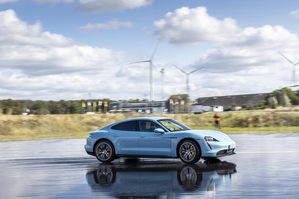 Porsche taycan ice blue