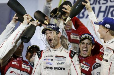 Porsche team mark webber